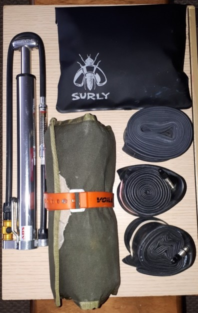 Off of the tools and spares including pump and tubes.